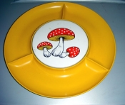 70s Kitchen Collectible Round Divided Mushroom Serving Tray $15