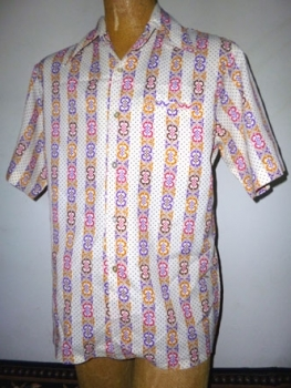 Colorful Men's 70s Polyester Shirt Printed Short Sleeve Button Down - White, Red, Orange, Purple LG $24