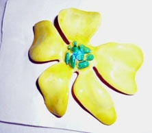 60s 70s Metal Flower Pin Yellow Blue Center