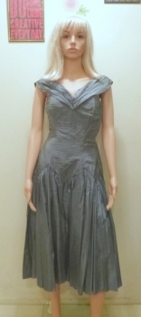 RARE! 1950s Grey Sharkskin Dress Size Small