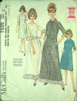 7526 McCall's 60s Nightgown/Robe