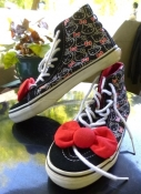 Hello Kitty Vans Off the Wall High Top Sneakers Size 7.5 Women 6 Mens USA Size