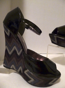 Steve Madden Shoes 70s Inspired Patent Chevron Platform Wedge Shoes
