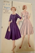 Vogue 9752 One Piece Dress Dewing Pattern 1959