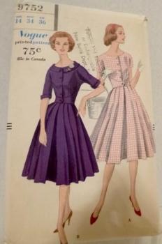 Vogue 9752 One Piece Dress Dewing Pattern 1959