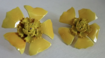60s Vintage Yellow Clip Back Flower Earrings