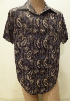 Men's TRUE Vintage 70s Disco Shirt Van Heusen Knit Short Sleeve Chest 48 inches