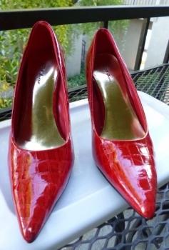 Red Stiletto Pumps Mock Crock Size 6 - 1950s Inspired Design